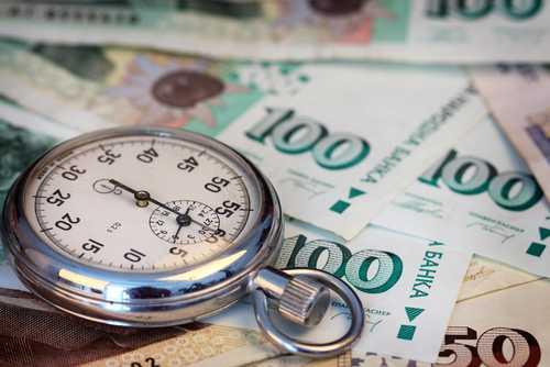 Запорират сметките на 8000 фирми за неплатен корпоративен данък